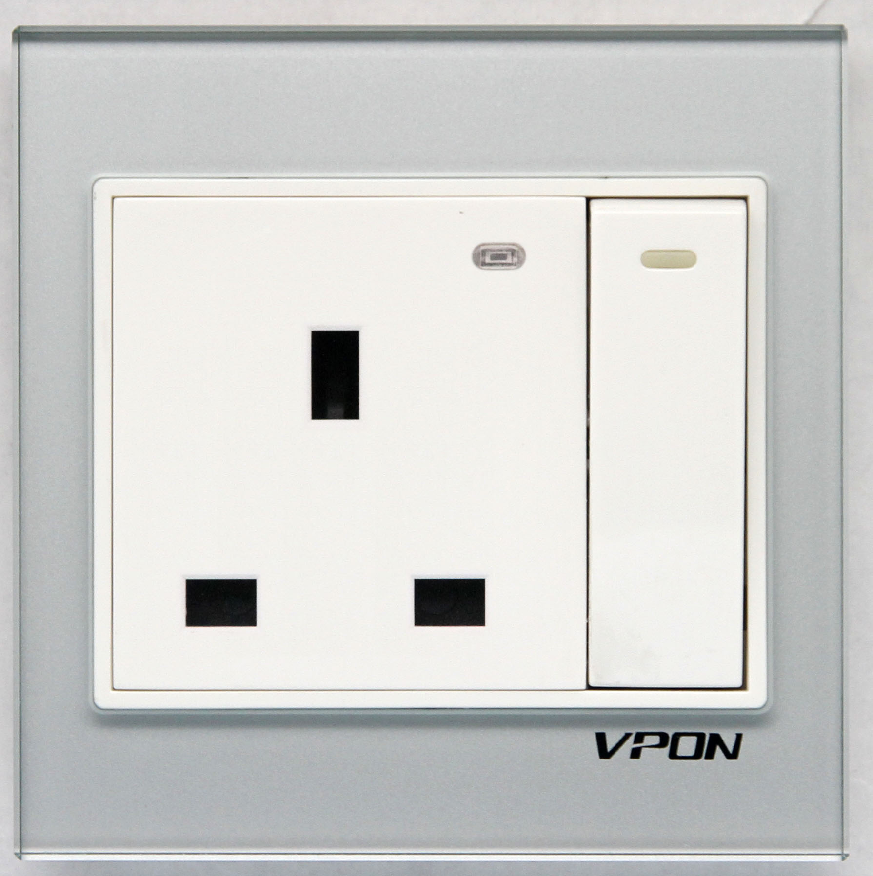 13A Wall switch socket